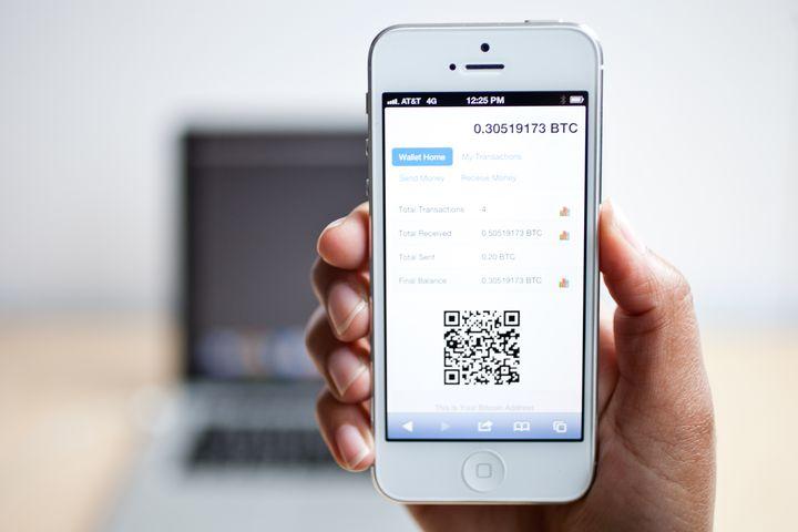Пример биткоин крана в App Store